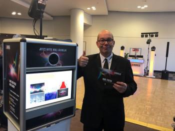 Deluxe Fotobox vs. Versand-Fotobox aus dem Internet